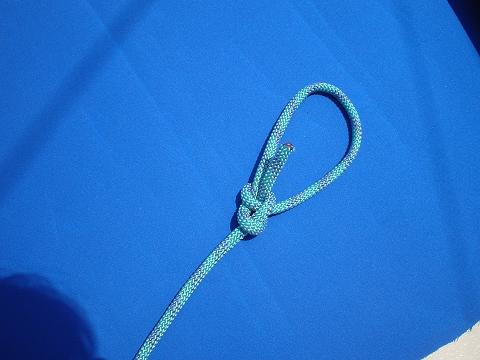 A knot tying video showing a bowline.