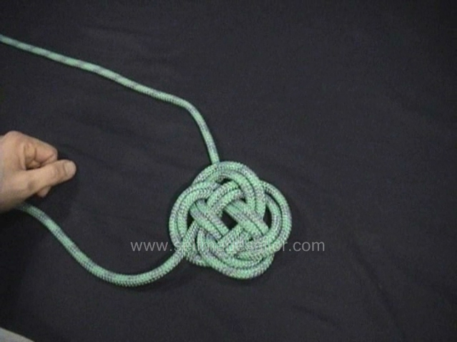 A knot tying video showing how to make a flat Turk's Head knot.