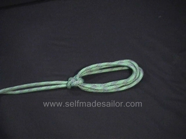A knot tying video showing how to tie a Portuguese Bowline on the Bight.